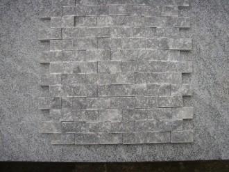 Marmor grau, kristalien, gespalten, 50 x 25 mm