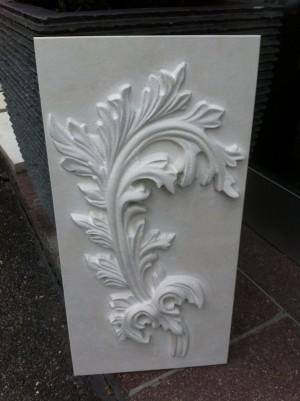 Relief aus Vratza Kalkstein 40 x 70 cm