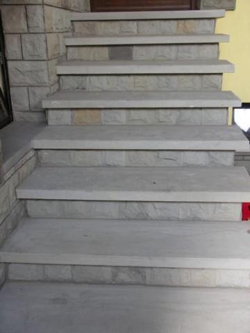 StoneDirekt - Natursteine - Trittplatte geschliffen, Stellplatte bossiert