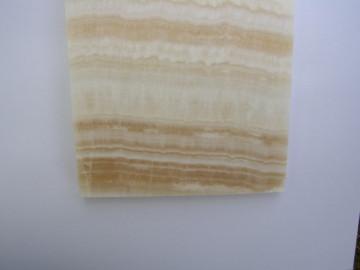 kristal. Onyx, Marmorm Vein Cut, poliert VIE