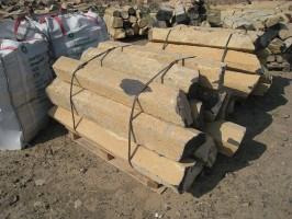Basaltstelen, 40 - 60 cm Lang, Durchmesser 15 - 35 cm