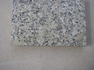Striegauer Granit geflammt