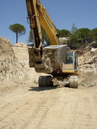 Steinbruch bei Bergama/Türkei, Granit grau